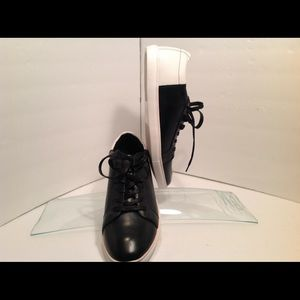 Other - Kenneth Cole unlisted stand sneaker size 11